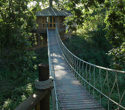 13_CR_Tree_house_suspention_bridge_rope